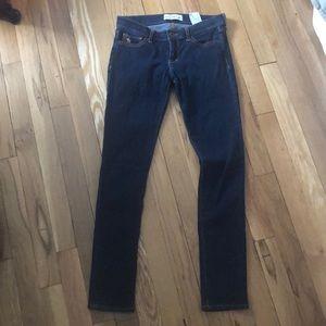 Dark wash Abercrombie skinny jeans